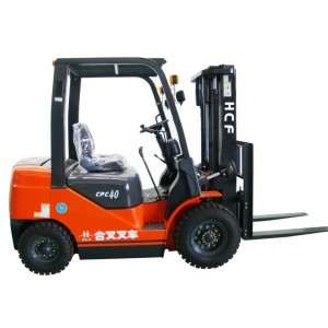 柴油叉车   4~5吨机械叉车 优质产品